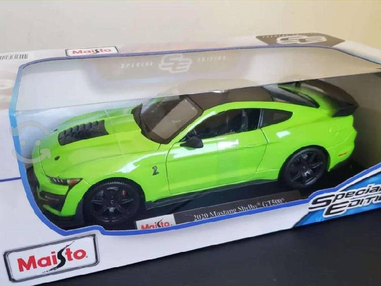 Mustang shelby gt500 1:18 maisto