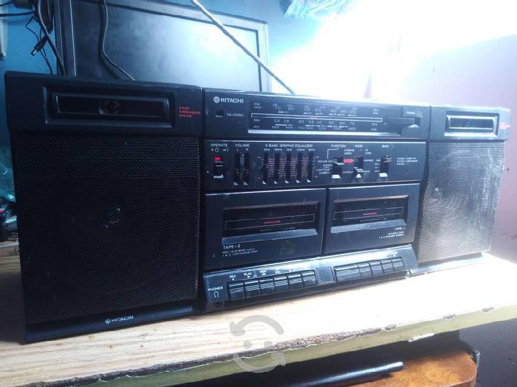 Radio grabadora hitachi