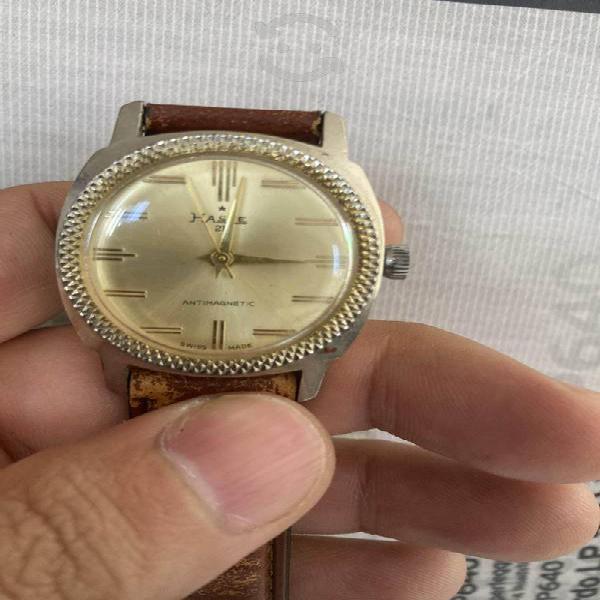 Antiguo reloj haste