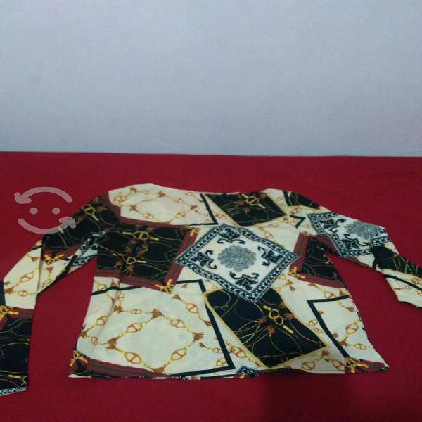 Blusa estampada manga larga, marca shein