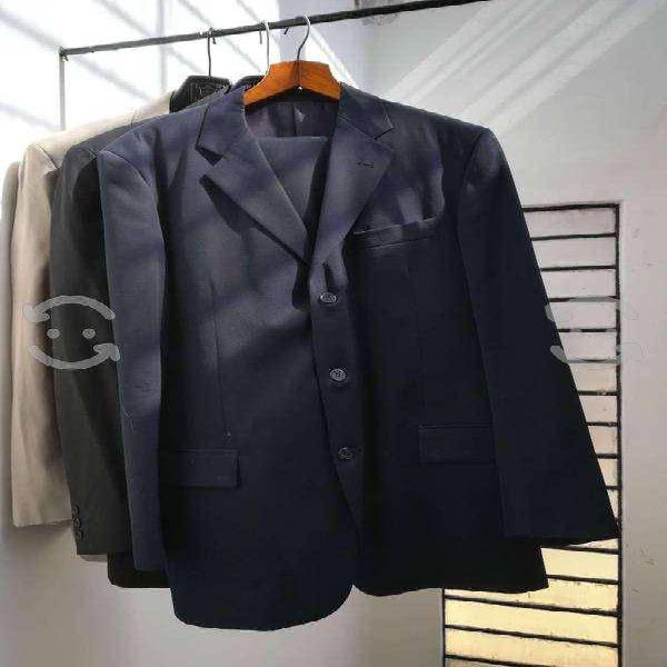 Trajes de hombre marca zara, abrigos,mocacines