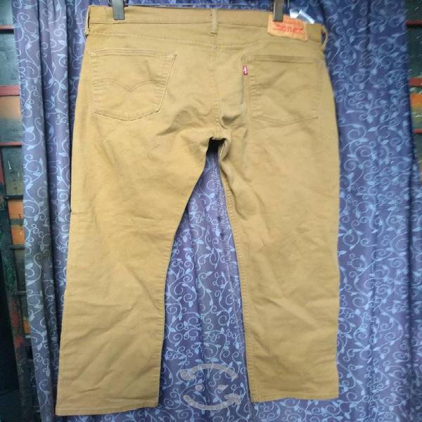 Pantalón levis 514 talla 34 original