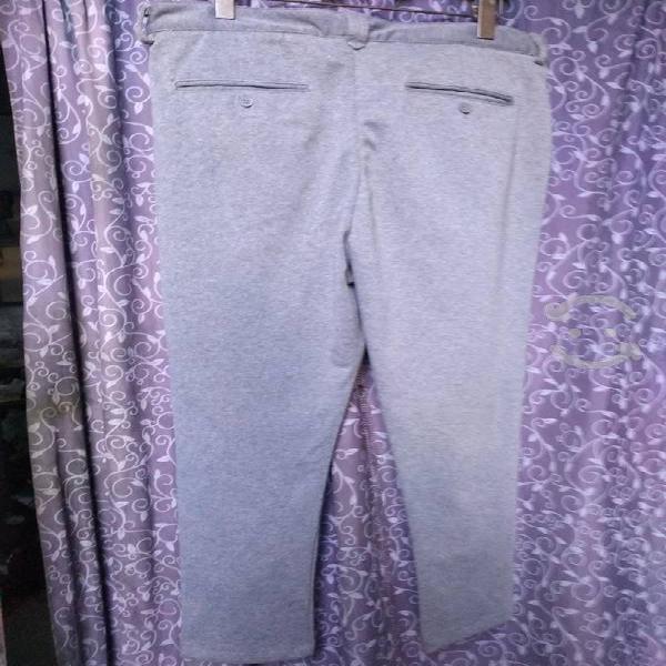Pantalón bershka talla 34 original
