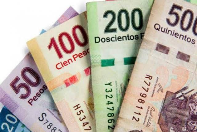 BUSCO PAREJA PARA TRÍO A CAMBIO DE $$$