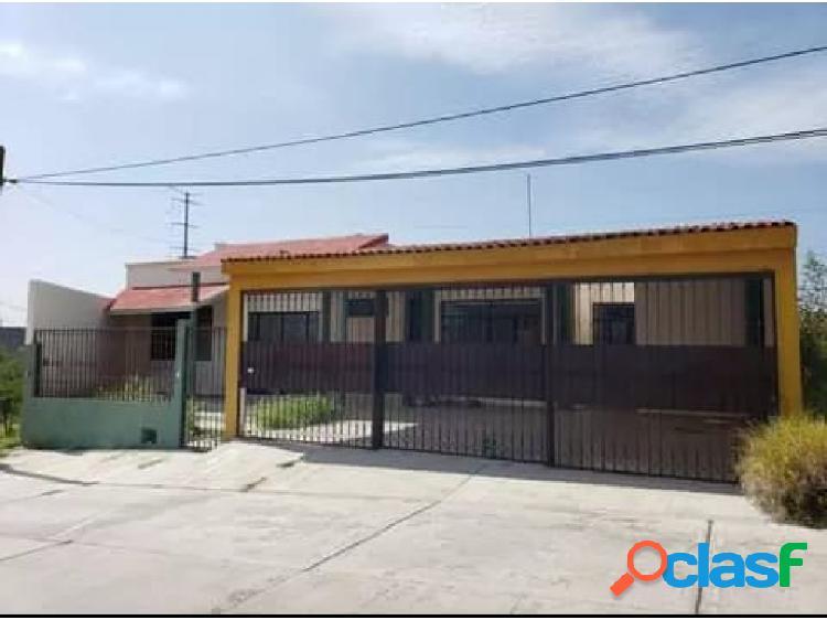 01712 se vende hermosa casa en villas de la cantera.
