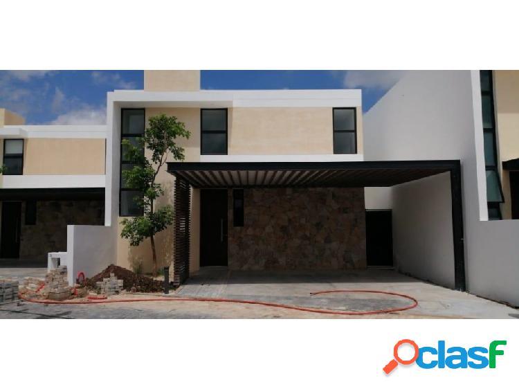 Casa en venta 3 recamaras privada cholul - altamira