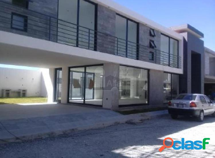 Casa en venta en residencial lucianna, metepec