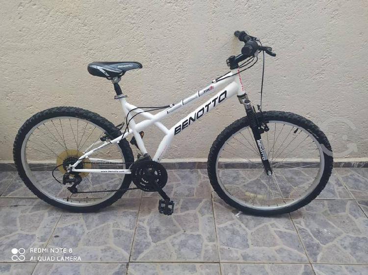 Bicicleta benotto r26 hk 3 seminueva