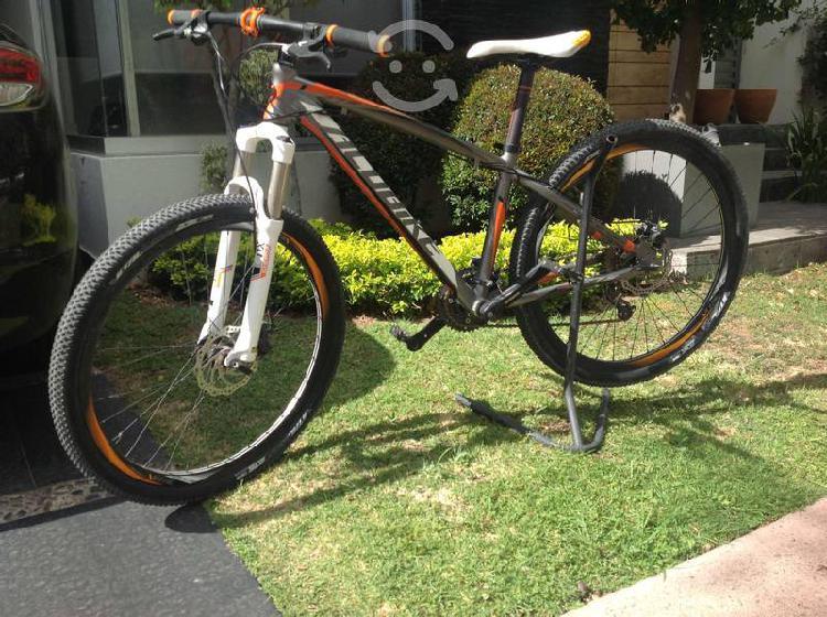 Bicicleta de montaña para hombre alubike