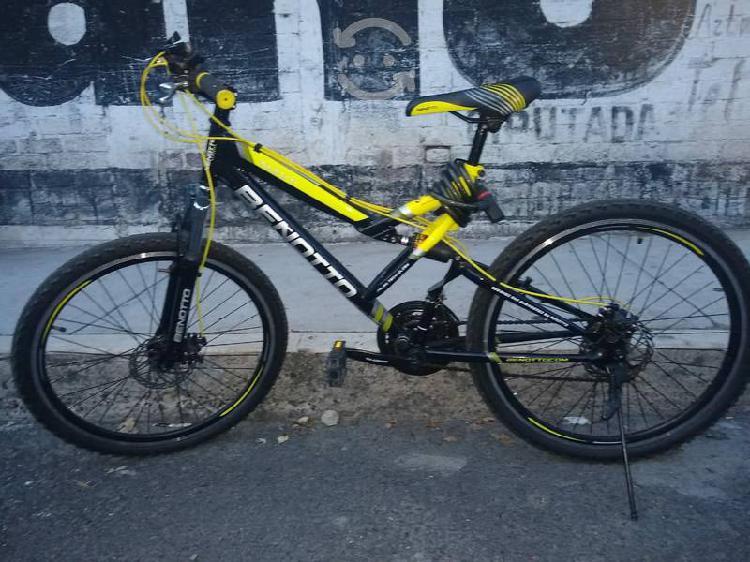 Bicicleta bennoto navy r26