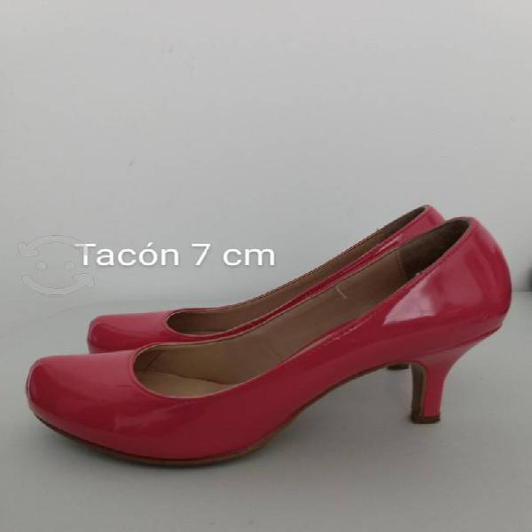Zapatos de tacón número 22.5 marca perugia