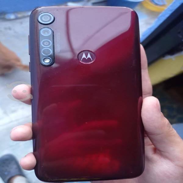 Motorola g8 plus color rubi