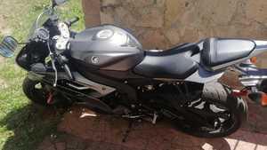 Vendo moto r6 yamaha 2016