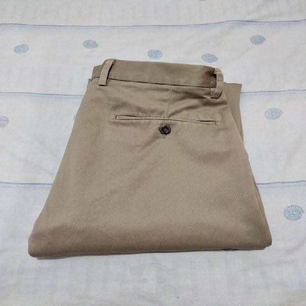 Pantalón dockers talla 32