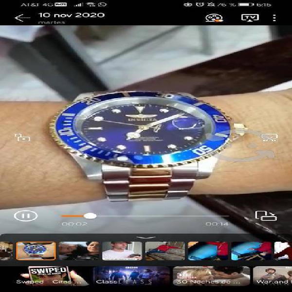 Reloj pulsera invicta dorado con azul cuarzo