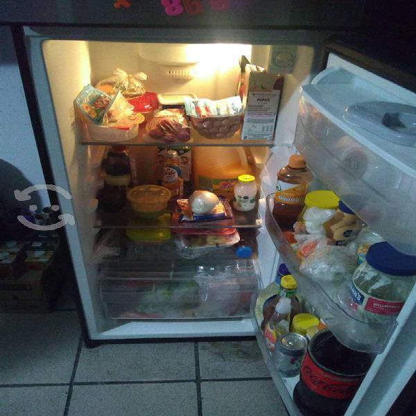 Lavadora estufa y refrigerador
