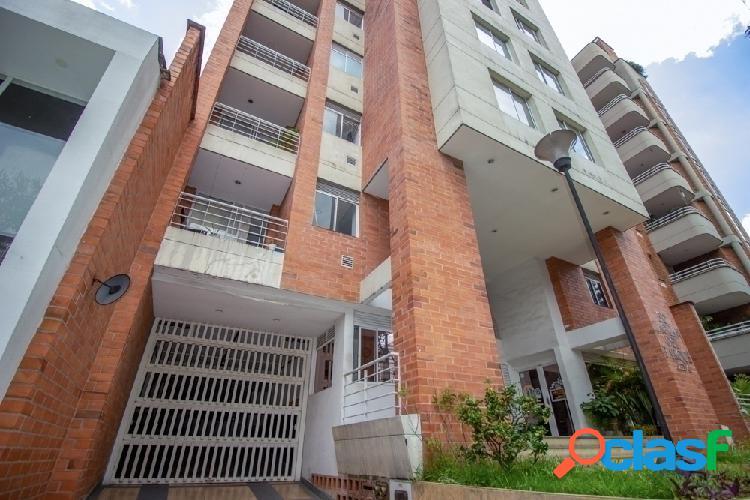 Arriendo Apartamento Amoblado Laureles 5to piso