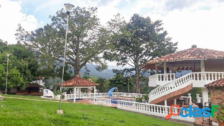 ALQUILER DE FINCA EN SAN JERONIMO 2