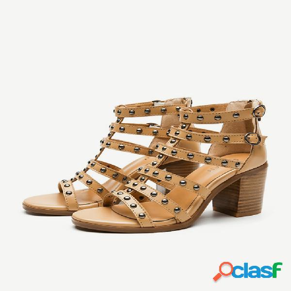 Hollow rome thin cinturón remache de año nuevo salvaje grueso con sandalias zapatos de mujer gruesos con tacones altos
