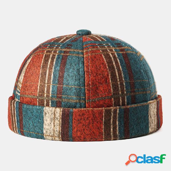 Hombre y mujer retro brimless cráneo gorra multicolor plaid caps soft sombreros personalizados de fieltro
