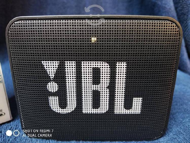 Bocina jbl bluetooth go2