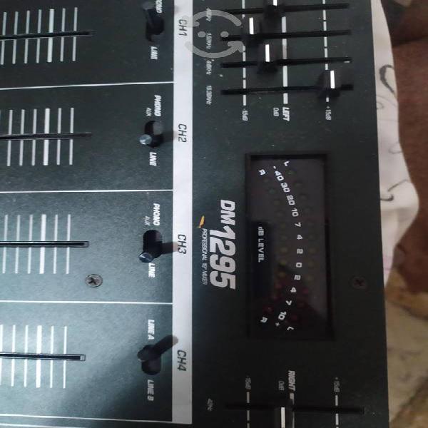 Mixer numark dm 1295 ideal para dj