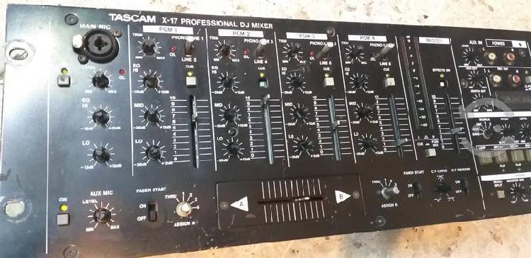 Tascam x17 mixer dj