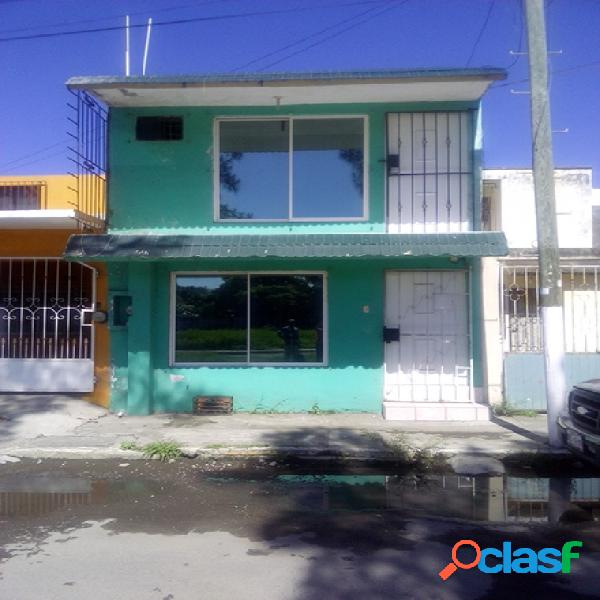 Casa sola en venta en unidad habitacional chivería infonavit, veracruz