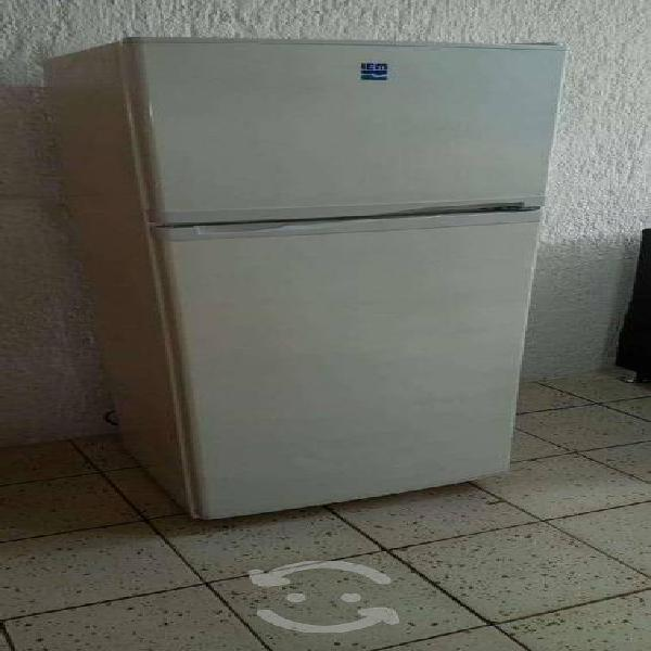 Refrigerador iem 9 pies blanco