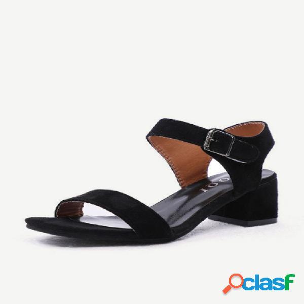 Zapatos de mujer nuevos de temporada, punta abierta salvaje, con hebilla gruesa con palabra con sandalias mujeres