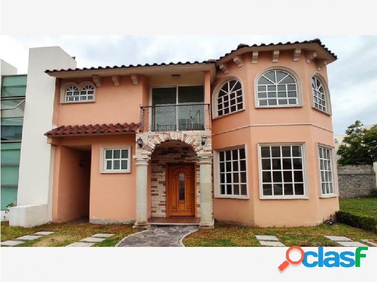 Casa fraccionamiento residencial zona plateada