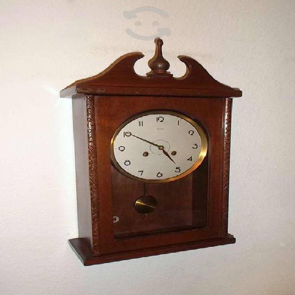 Antiguo reloj de pared marca besser sonidero 40s