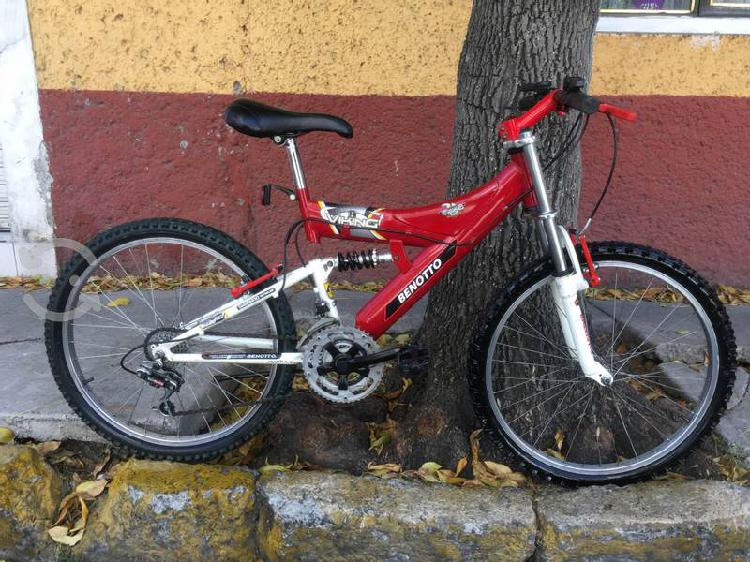 Bici benotto r24 con suspensión