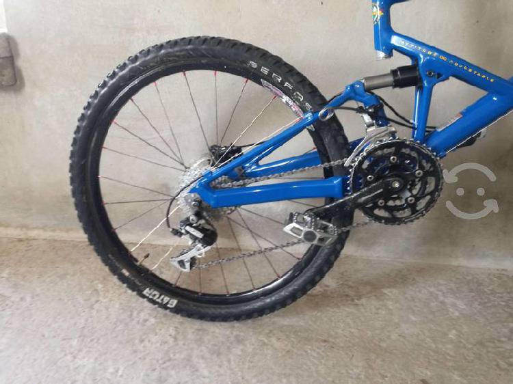 Bicicleta cannondale jekill rd 26 de aluminio