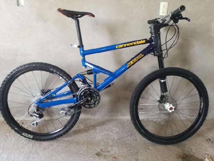 Bicicleta cannondale rd 26
