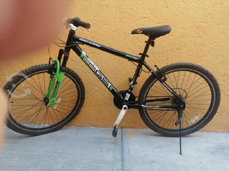 Bicicleta de montaña génesis r26
