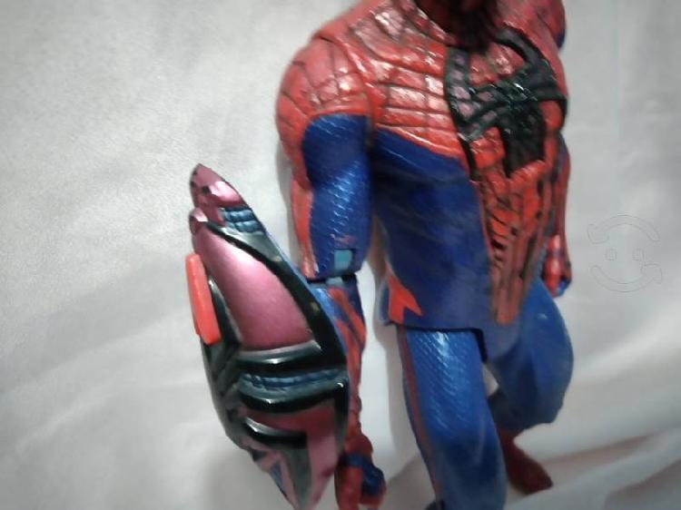 Hombre araña figura