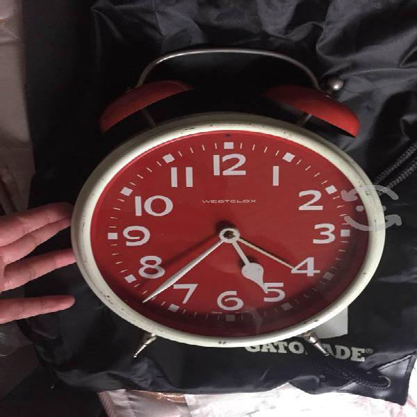 Reloj clásico Westclox antiguo