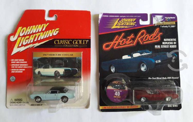 Set de 2 carritos johnny lightning