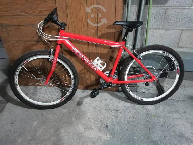 Bicicleta benotto r26 aluminio seminuevo