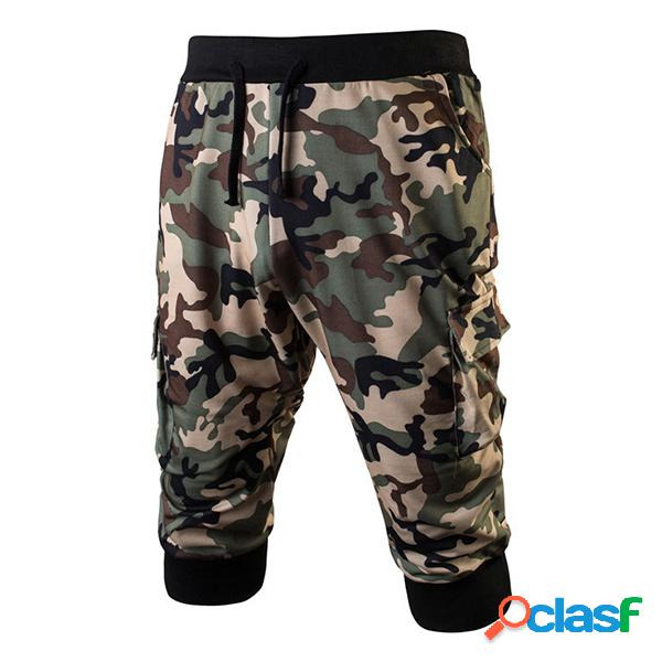 Pantalones cortos deportivos casuales con bolsillo de cremallera con cordón y estampado de camuflaje para hombre
