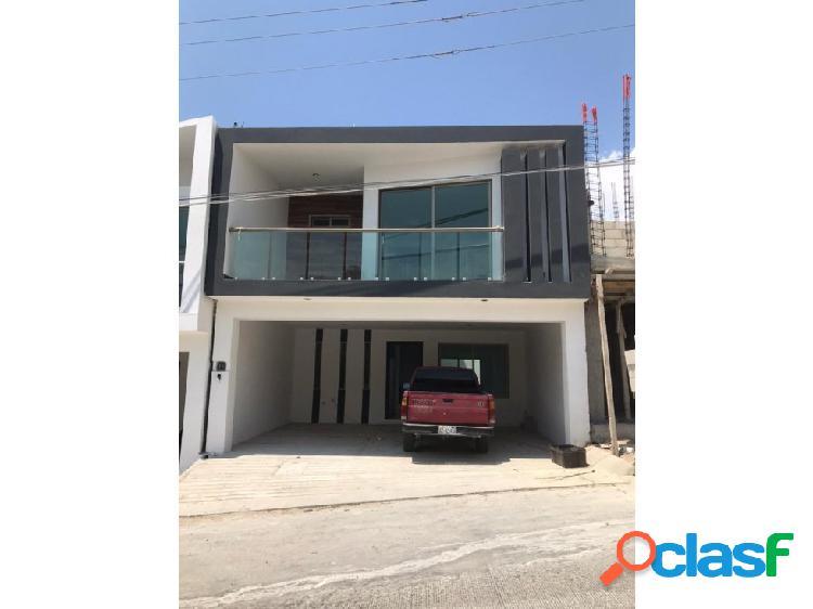 Se vende casa nueva en col. laguitos