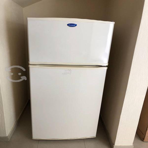 Refrigerador acros