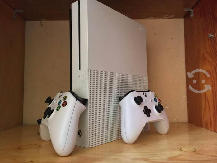 Xbox one s 500gb 2 controles