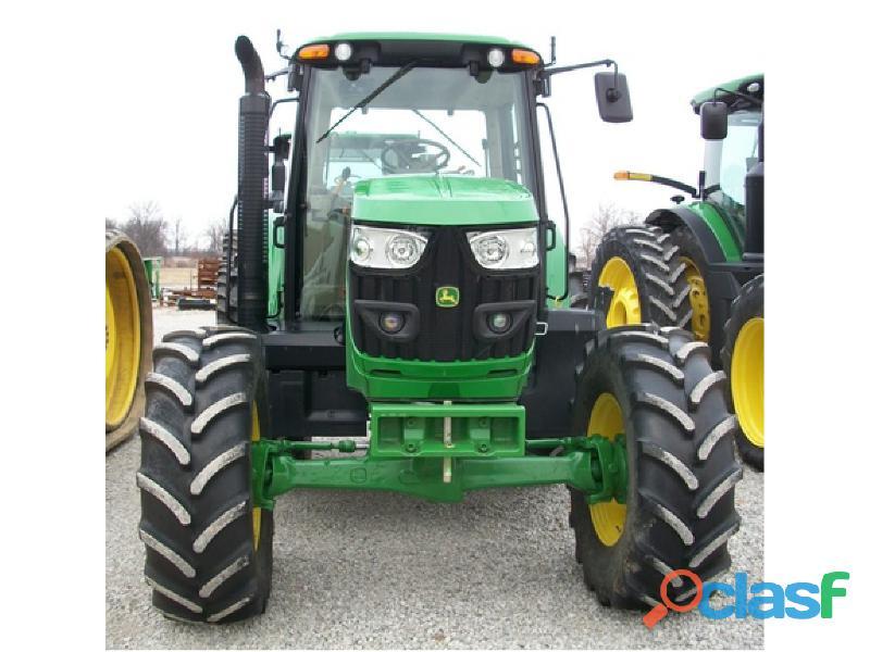 JOHN DEERE 6125M TRACTOR AGRICOLA 2