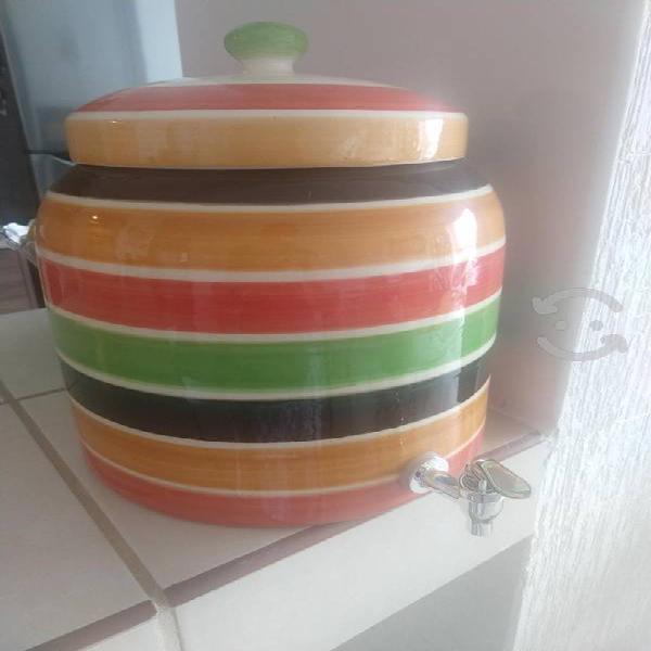 Dispensador de agua/bebidas de cerámica