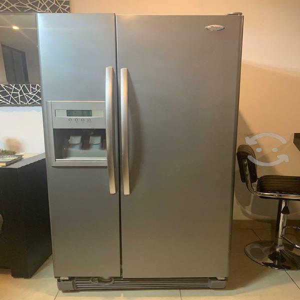Refrigerador whirpool mediano