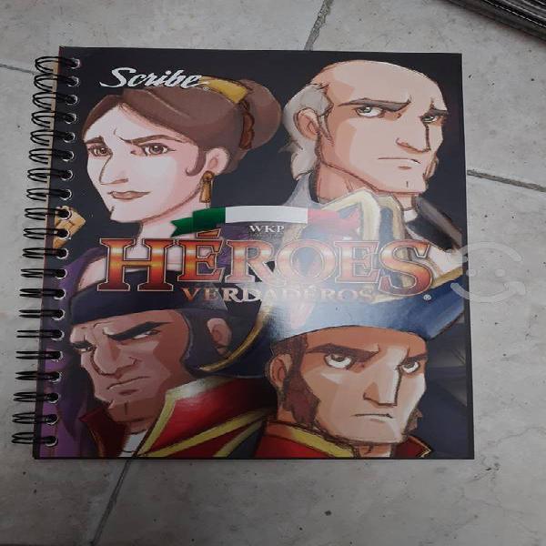 Surtido de cuadernos scribe ed. héroes verdaderos