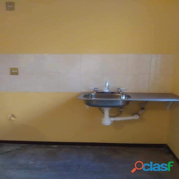 Se vende casa como nueva en Villas de Guadalupe Zacatecas Mexico. En privada, o cerrada. 4