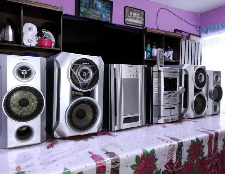 Estéreo sony genezi priera generación